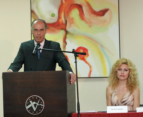 The ambassador of Italy gave