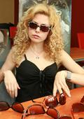 Dessi Banova's sunglasses? Kwiat, of course!