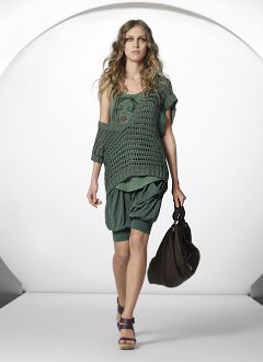 UNITED COLORS OF BENETTON Spring/Summer 2010