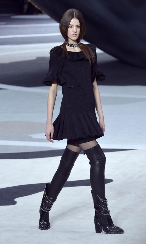 Archivoclinico: Little Black Dress Chanel 2013 Images