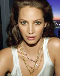 Christy Turlington is the new face of Yves Saint Laurent