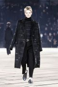 Photo 10 from album Fall-Winter 2017-2018 Menswear collection by Belgian designer Kris Van Assche for Dior during the Paris Fashion Week