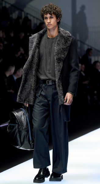 e8e95642d8d2 Emporio Armani Fall-Winter 2017-2018 ready-to-wear menswear collection  during the Milan Men`s Fashion Week