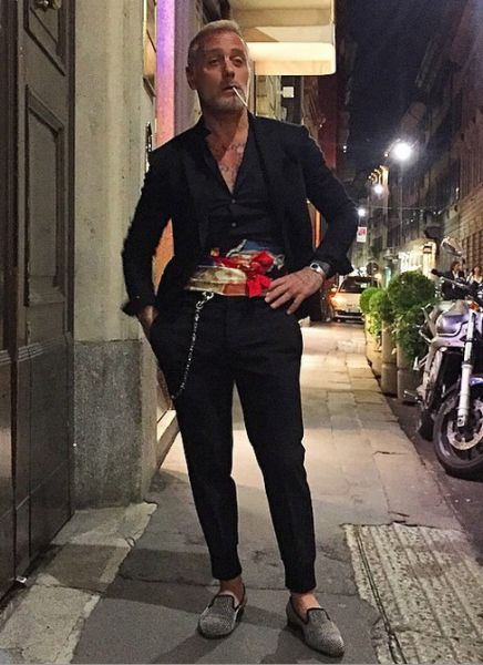 Gianluca Vacchi Suits Photo 7