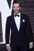 Photo 14 from album Oscars 2017: Best dressed men - Who wore a Suit and who wore a Tuxedo