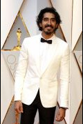Photo 2 from album Oscars 2017: Best dressed men - Who wore a Suit and who wore a Tuxedo