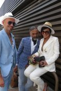 Photo 34 from album Pitti Uomo 96 Street Style