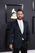 Photo 2 from album USA GRAMMY AWARDS 2017 Best Dressed Men