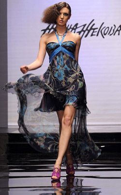 Fashion proposal from the Spring-Summer 2009 collection of Jana Jekova
