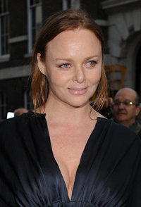 Stella McCartney has begged Lindsay Lohan to stop wearing leather